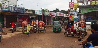 ফটিকছড়ির গ্রামগঞ্জে ঢিলেঢালা লকডাউন, পাড়া-মহল্লায় আড্ডা